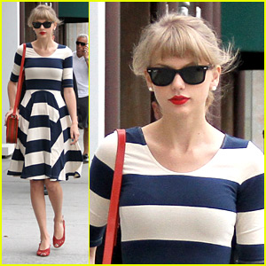 Taylor Swift To Star in Joni Mitchell Biopic?
