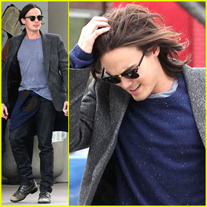 Tyler Blackburn Lunchs At Newsroom Cafe