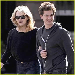Emma Stone & Andrew Garfield: Sunday Stroll