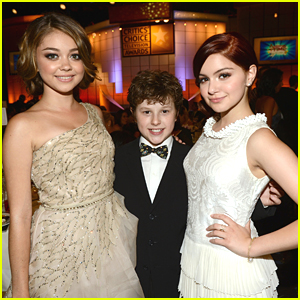 Sarah Hyland: Critics' Choice Television Awards with Ariel &#038; Nolan!