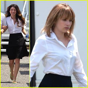 Emma Roberts & Shenae Grimes: 'Empire State' Waitresses
