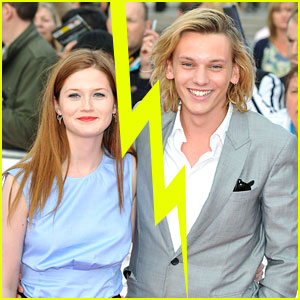Bonnie Wright & Jamie Campbell Bower Split