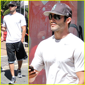 Tyler Hoechlin: What Will Happen to Derek on 'Teen Wolf'?