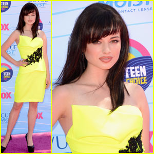 Ashley Rickards - Teen Choice Awards 2012