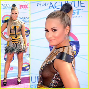 Demi Lovato Young on Demi Lovato     Teen Choice Awards 2012   2012 Teen Choice Awards