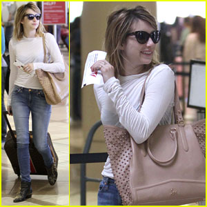Emma Roberts: Airport Beauty
