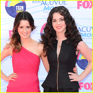 Vanessa & Laura Marano - Teen Choice Awards 2012