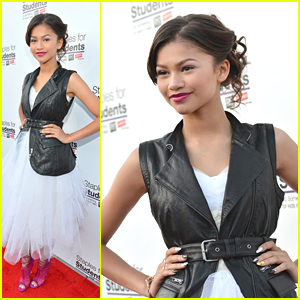 Zendaya: Staples For Students School Supply Drive 2012