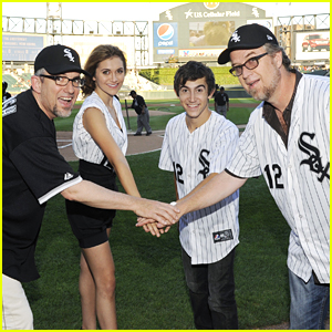 Alyson Stoner: Chicago White Sox Game!