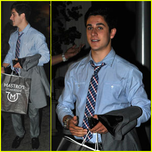 David Henrie: Mastro's Steakhouse Lover