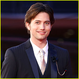 Jackson Rathbone: 'White Collar' Guest Star
