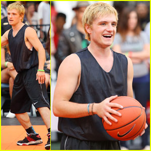 Josh Hutcherson: Celebrity Basketball Stud!