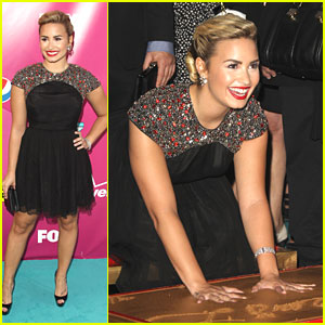 Demi Lovato: Handprint Ceremony in Hollywood