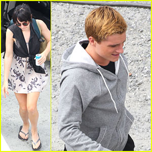 Jennifer Lawrence &#038; Josh Hutcherson: 'Catching Fire' Set