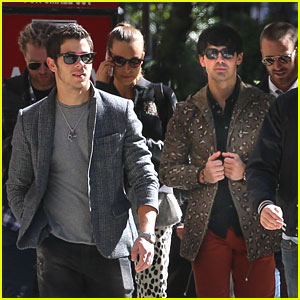 Nick & Joe Jonas: Radio City Music Hall Concert Tonight!