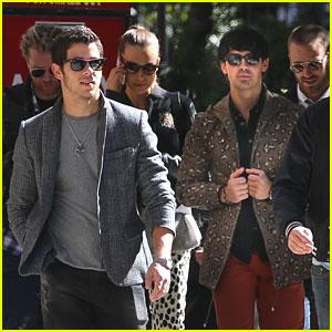 Nick & Joe Jonas: Radio City Music Hall Concert Tonight!