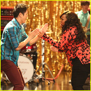 Amber Riley & Harry Shum Jr: Hand Jive on 'Glee'!