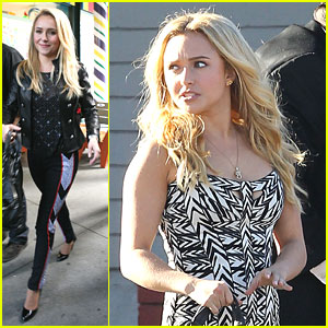 Hayden Panettiere: CMT Artists Of The Year Special Host!