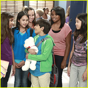 Karan Brar Makes 'Girl' Friends on 'Jessie'