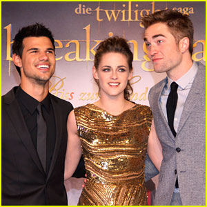 Kristen Stewart &#038; Taylor Lautner: 'Breaking Dawn' Premiere in Berlin