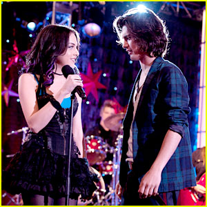Elizabeth Gillies & Avan Jogia: Are Beck & Jade Back Together on 'Victorious'?