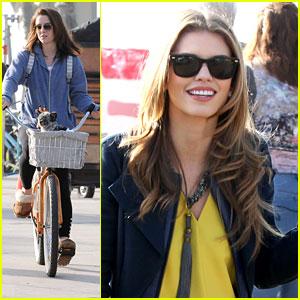 Jessica Stroup & AnnaLynne McCord: '90210' Go To Venice & Santa Monica