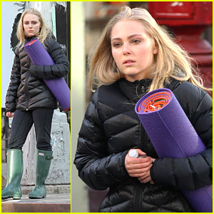 Happy Belated Birthday, AnnaSophia Robb!