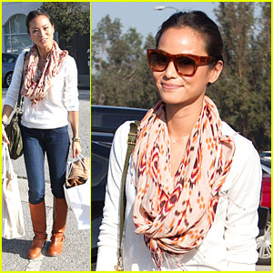 Jamie Chung: Splendid Shopper