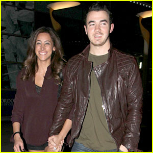 Kevin &#038; Danielle Jonas: Movie Date Night