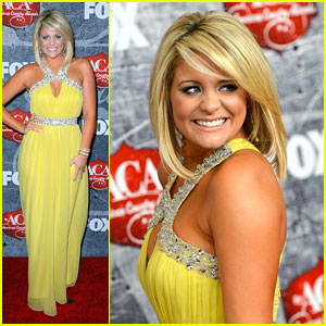 Lauren Alaina: American Country Awards 2012 Winner!