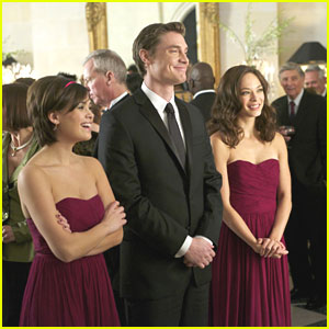 Nicole Anderson & Kristin Kreuk 'Bridesmaid Up'