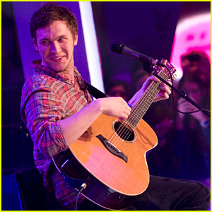 Phillip Phillips: MuchMusic Studio Stop