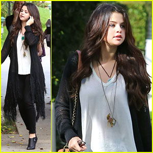 Selena Gomez: 'I Knew You Were Trouble' Dancer!