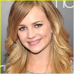 Britt Robertson Cast in 'Under The Dome'