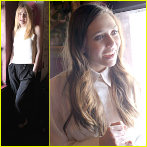 Elizabeth Olsen &#038; Dakota Fanning: 'Very Good Girls' Luncheon