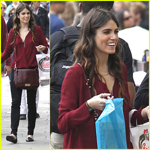 Nikki Reed: French Marke