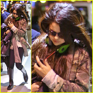 Selena Gomez: LAX Lady