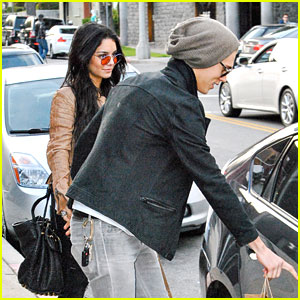 Vanessa Hudgens &#038; Austin Butler: AllSaints Shoppers