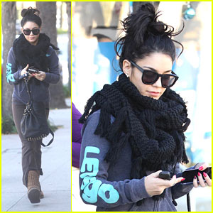 Vanessa Hudgens: Saturday Pilates Class