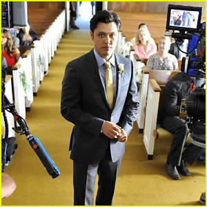 Blair Redford: Where's The Bride on 'The Lying Game'?