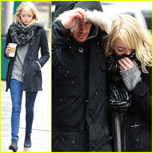 Emma Stone &#038; Andrew Garfield: Snowy Stroll in NYC!