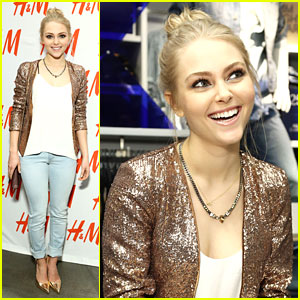 AnnaSophia Robb: Denim Days with H&M