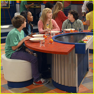 China Anne McClain: New 'A.N.T. Farm' Tonight!