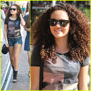 Madison Pettis: Grove Girl