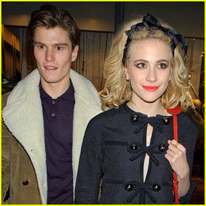 Pixie Lott & Oliver Cheshire: French Connection Couple!