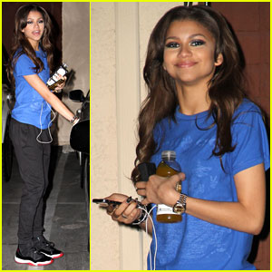 Zendaya Steps Out After 'Dancing With the Stars' High Score