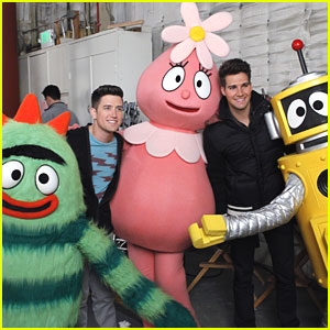 Big Time Rush: 'Yo Gabba Gabba' Cameo!