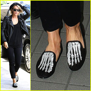 Julianne Hough: Skull Shoes at LAX Airport