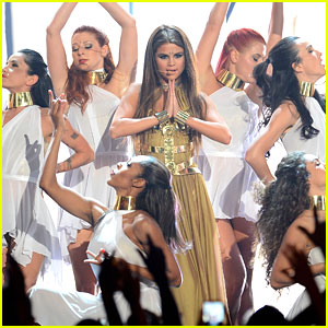 Selena Gomez Performs 'Come &#038; Get It' at Billboard Music Awards 2013