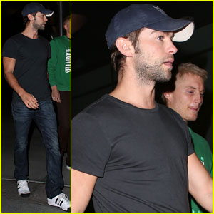 Chace Crawford: Guys Movie Night!